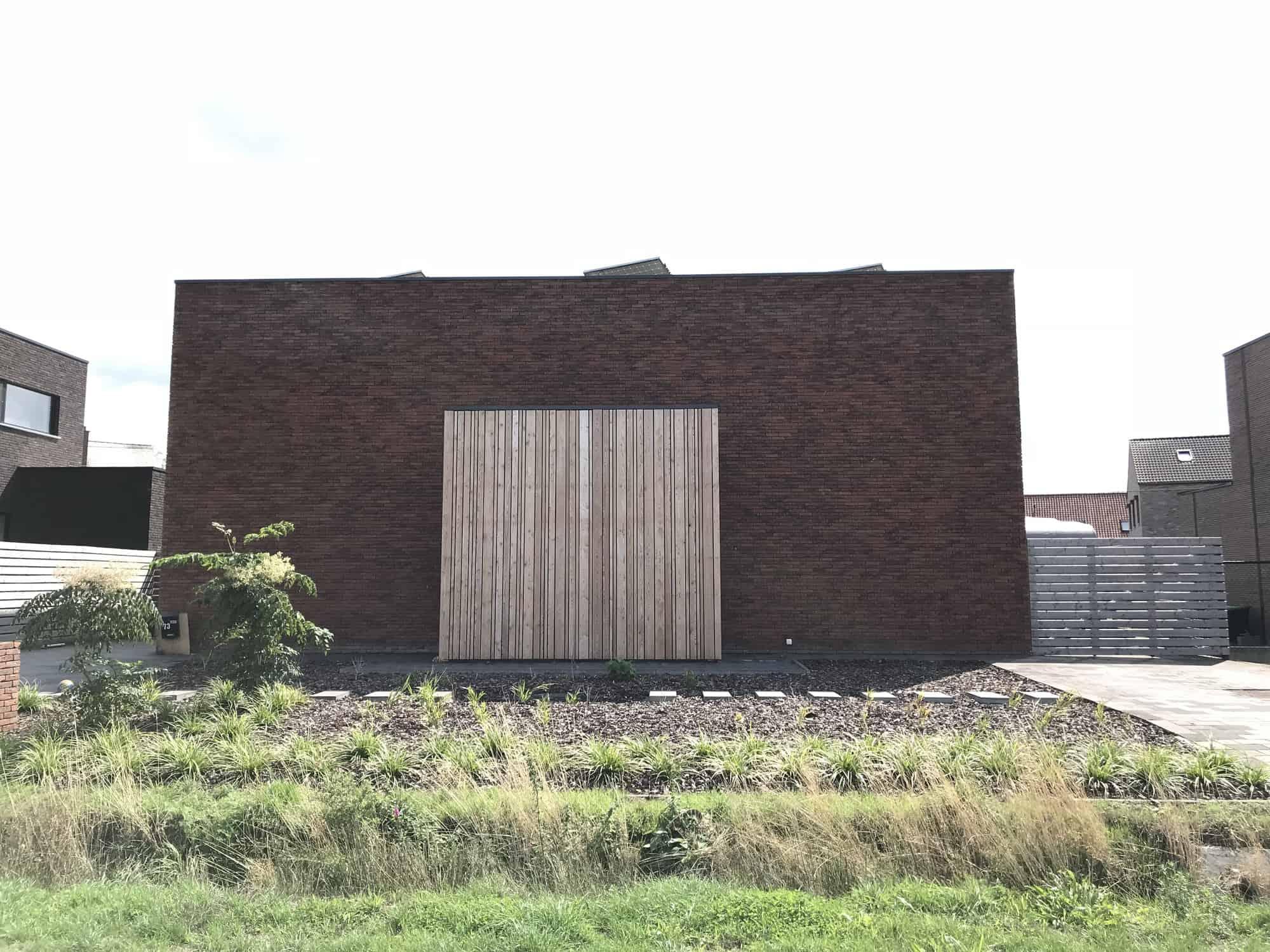 Detail afbeelding 3 van P & B   –   Zeer strakke & eenvoudige woning   –   Lummen | Ontwerp door architect Patrick Strackx